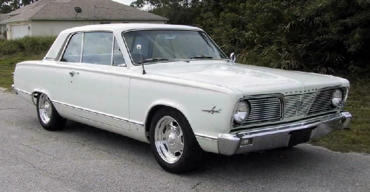 1966 Valiant 1.jpg