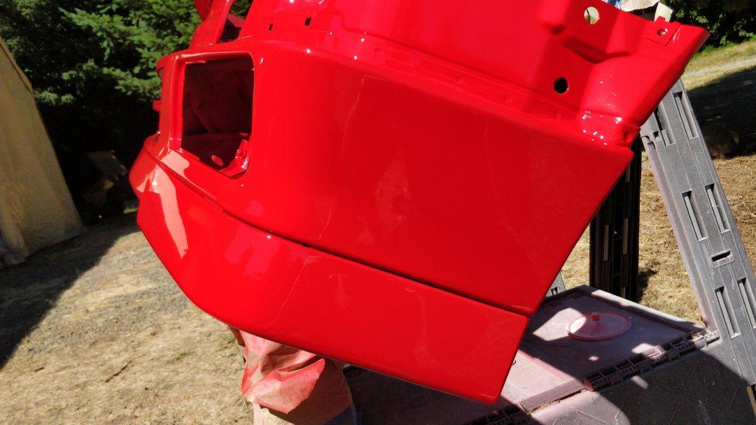 E30-8-valence red close.jpg